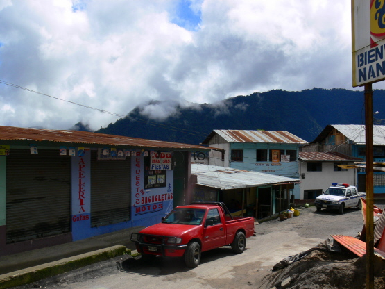 Travel The Whole WorldMyandes town
