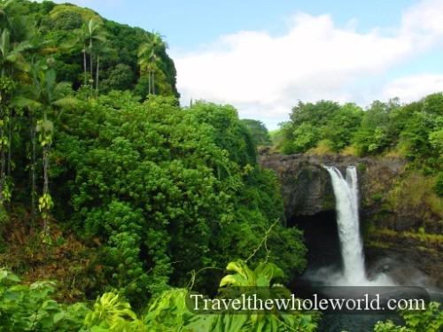 Hawaii-Big-Island-Falls