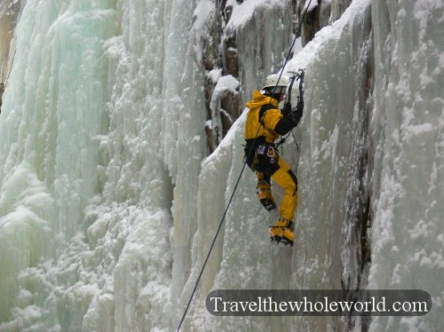 New-Hampshire-Flume-Gorge-Climber