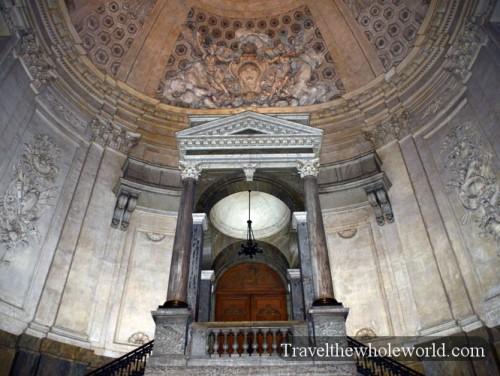 Sweden-Gamla-Stan-Royal-Palace-Inside