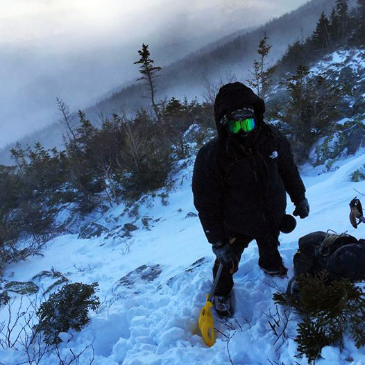 Me-New-Hampshire-Mt-Madison-Shovel