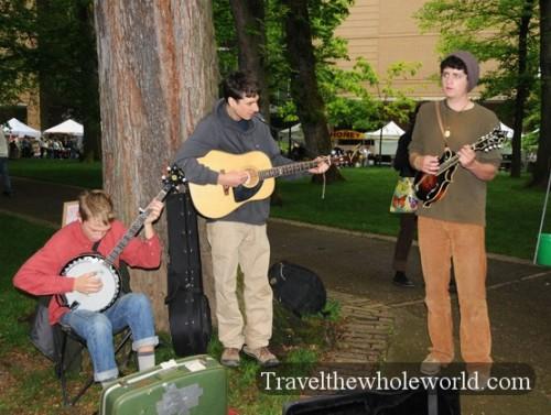 Oregon-Portland-Farmers-Market-Band