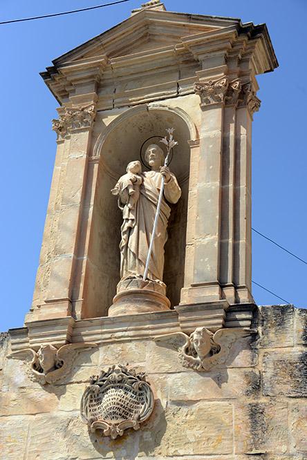 Malta Statue