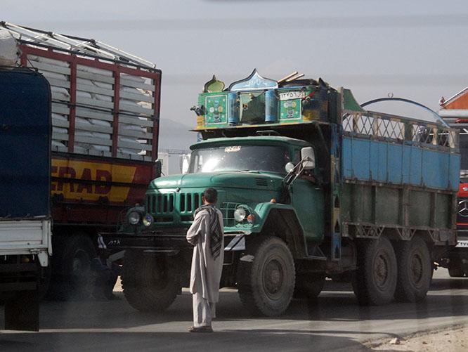 Afghanistan Kabul Truck Wait