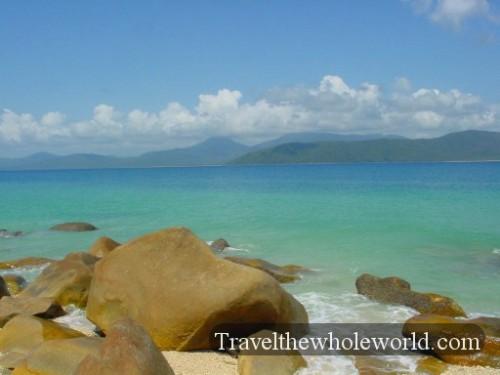 Australia-Fritozy-Beach