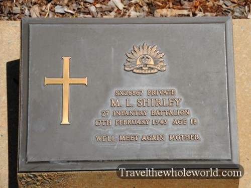 Australia-North-Territory-WWII-Cemetery-Grave2