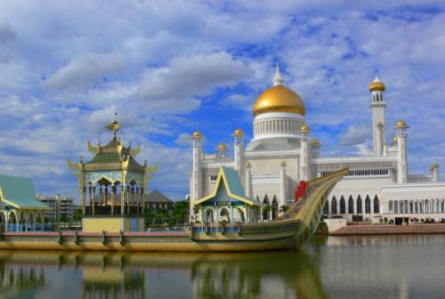 Brunei Omar Ali Saifuddin Mosque