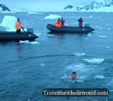 George_Kashouh_AntarcticaSwim3