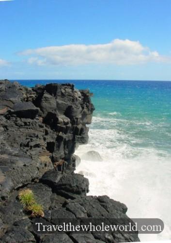 Hawaii-Big-Island-Lava-Cliff