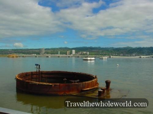 Hawaii-Pearl-Harbor-USS-Arizona
