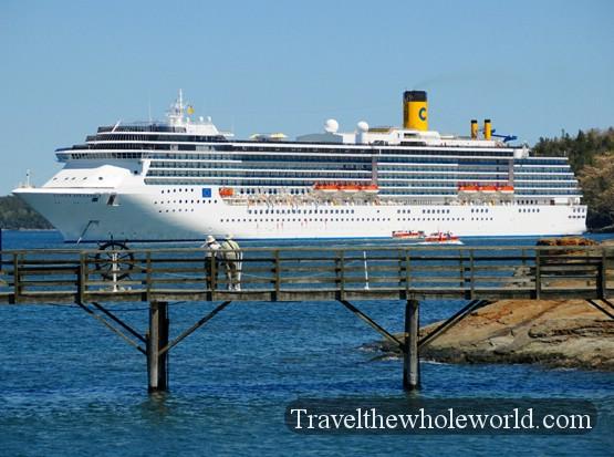 Traveling In Bar Harbor Maine - Cruise ship bar harbor