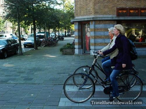 Netherlands_Bike_Riding