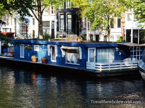 Netherlands_Houseboat