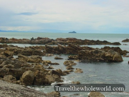 New-Zealand-Tauranga-Rocks2
