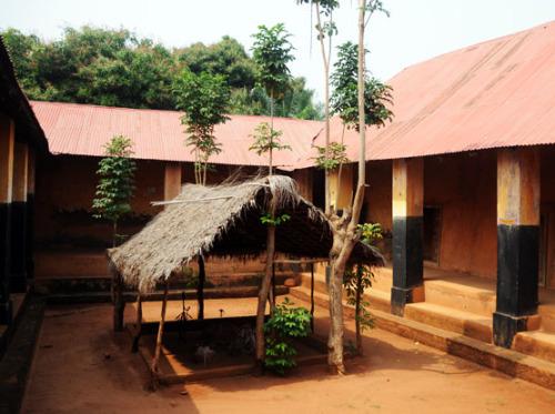 Benin Porto Novo Roi Toffa Voodoo Palace