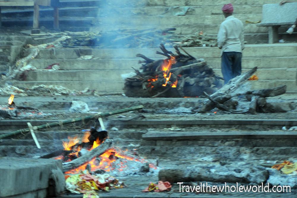 India Varanasi Burning Bodies