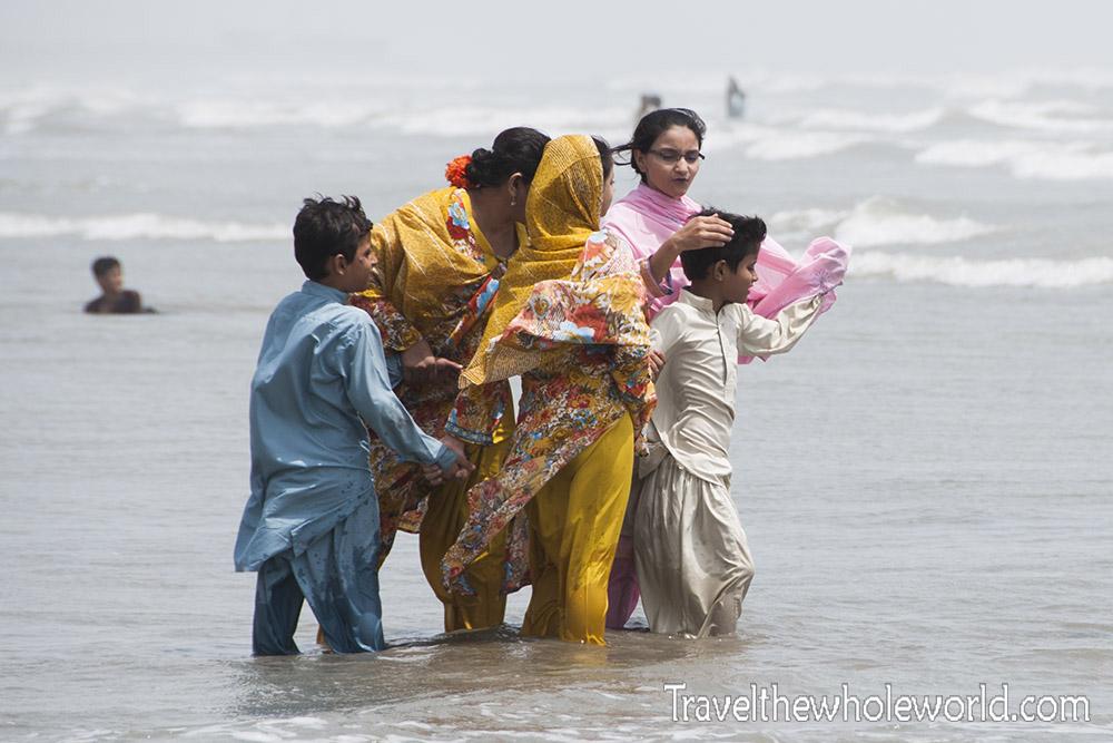 Pakistan Karachi Beach Clifton Water