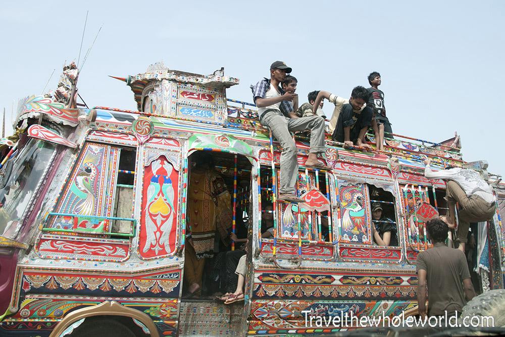 Pakistan Karachi Bus