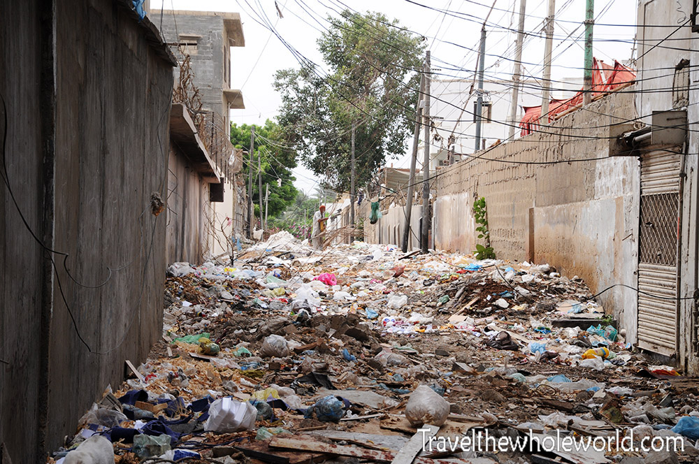 Pakistan Karachi Trash