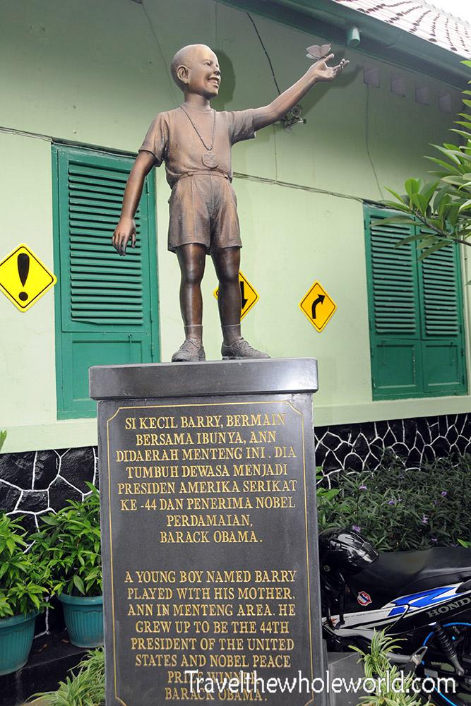 Travel Photos Indonesia Jakarta Obama Statue