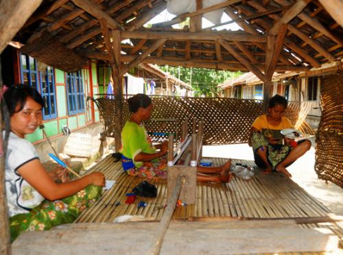 Indonesia Lombok Village Weaving