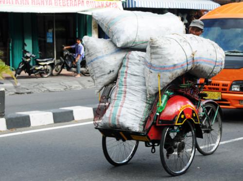 Indonesia Yogjakarta Motorcycle Transport