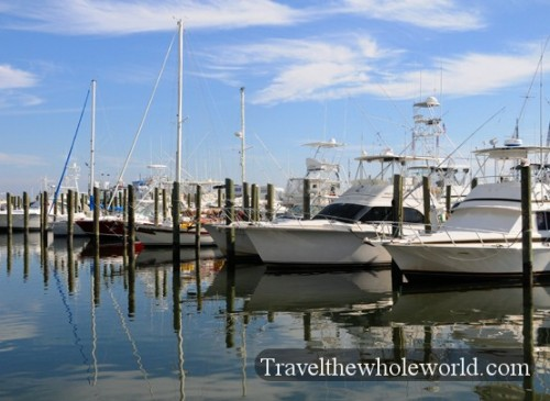 Mississippi-Biloxi-Boats