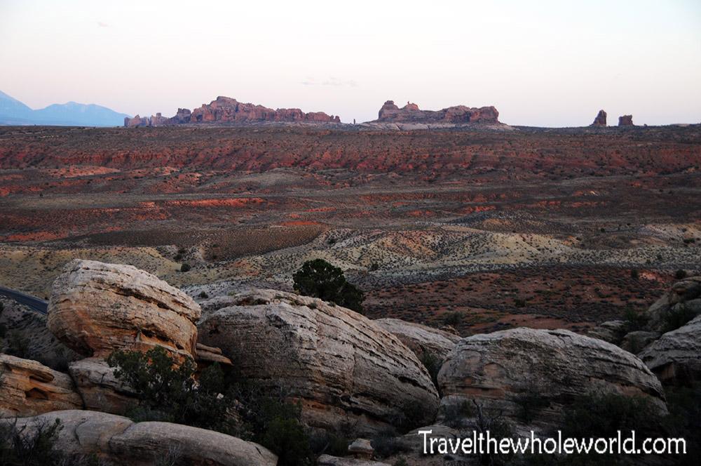 Utah Arches Land