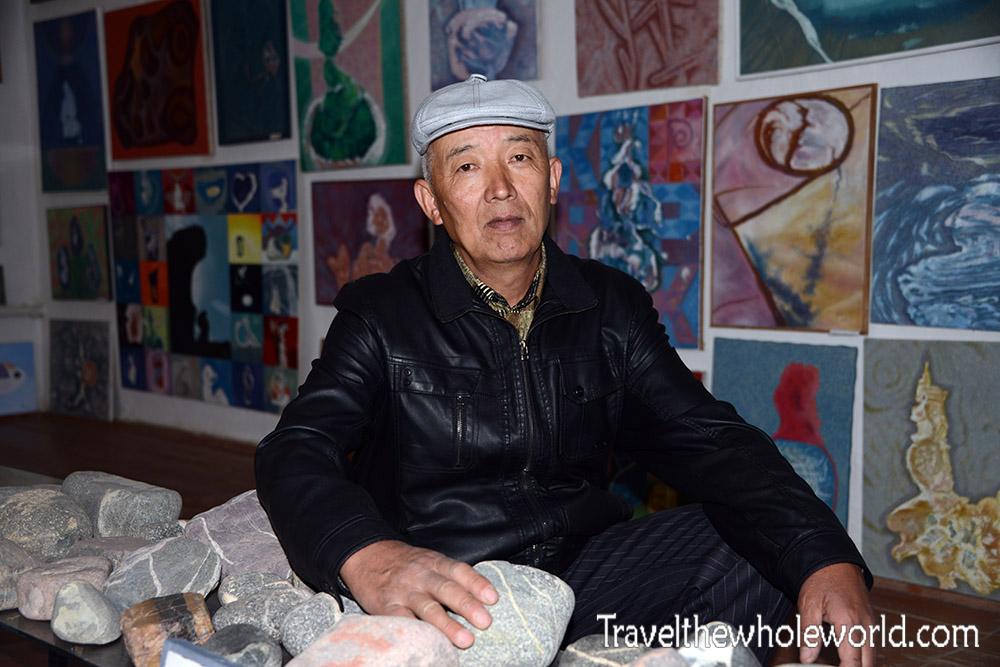 Kyrgyzstan Bokonbayevo Painter