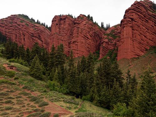 Kyrgyzstan Jeti-Oguz Rocks
