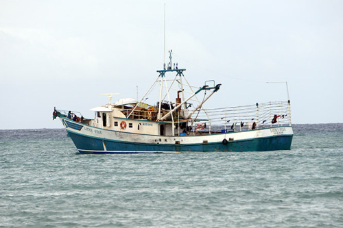 Nicaragua-Big-Corn-Island-Ship