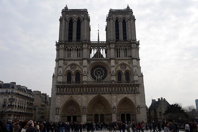 France Paris Notre Dame Entrance