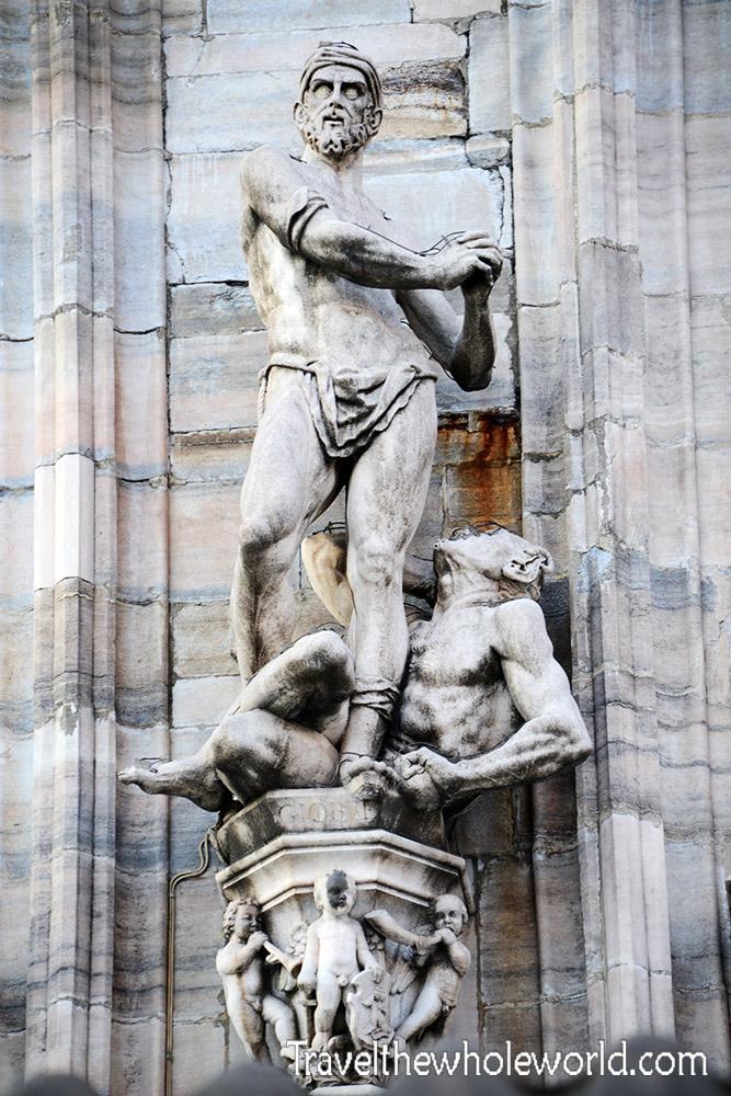 Travel Photos Italy Milan Duomo Statue