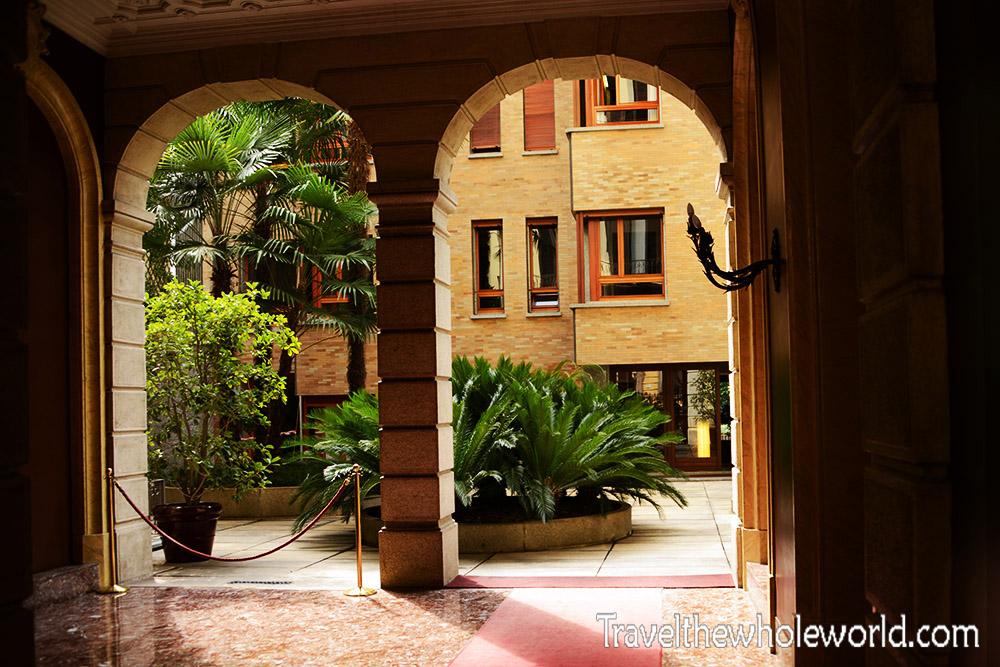 Travel Photos Italy Milan Luxury Apartments