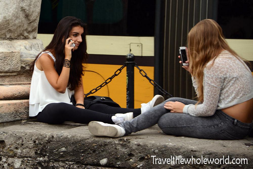 Travel Photos Milan Girls