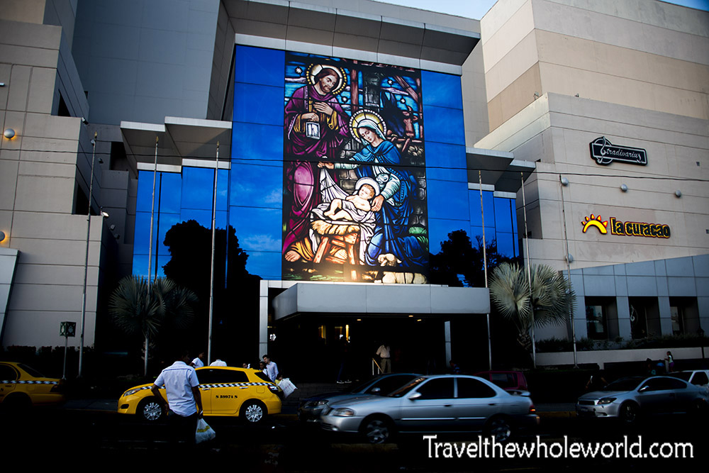 El Salvador San Salvador Shopping Mall