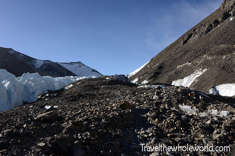 Everest Tibet ABC Trail Pyramid Ridge