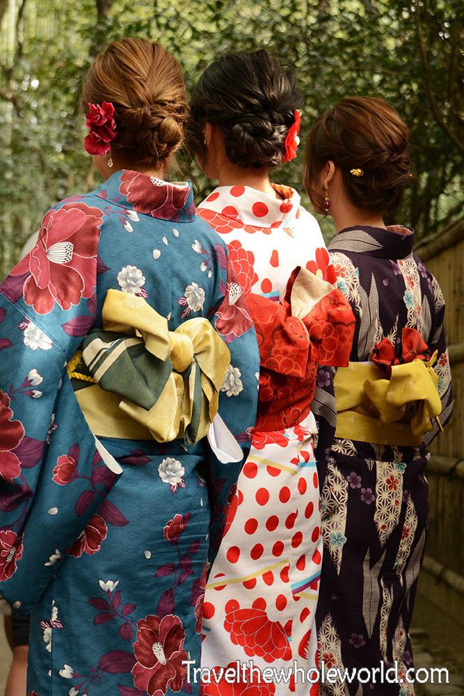 Arashiyama Geishas