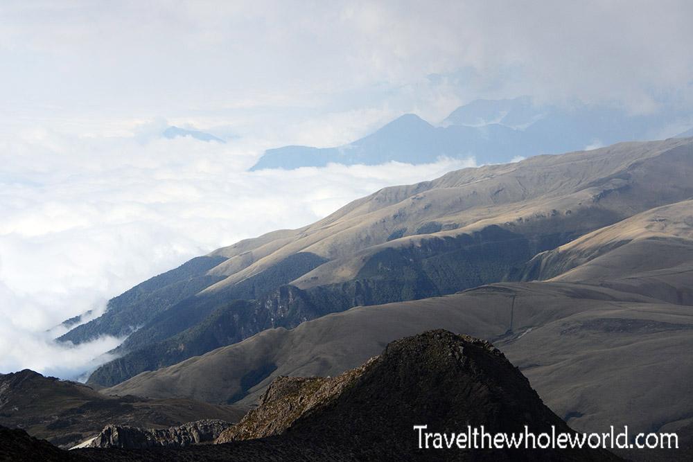 Views in Illiniza