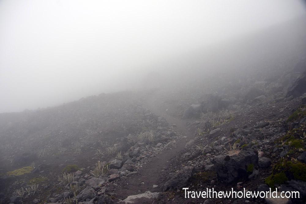 Ecuador Illiniza Trail