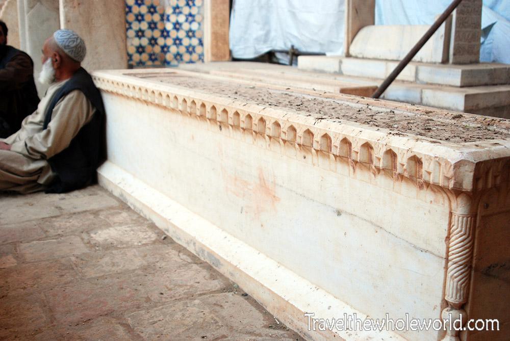 Herat Gazar Gah Cemetery
