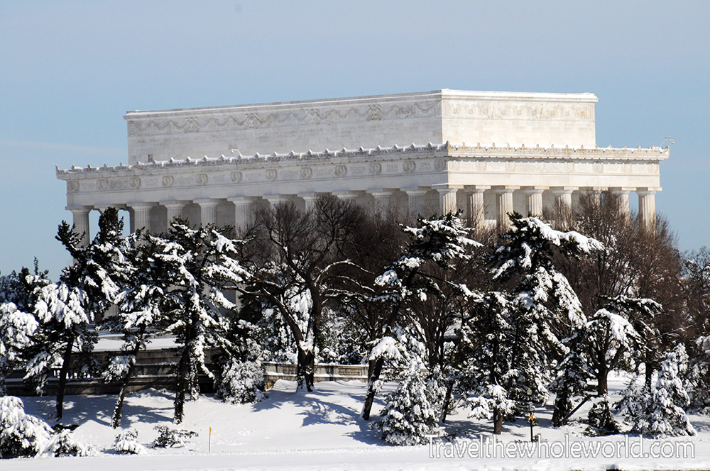 DC Lincoln Memorial Snow Storm